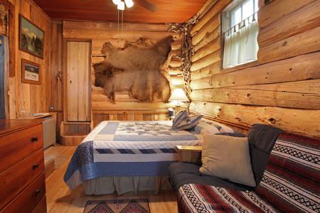 Old Faithful Inn Room